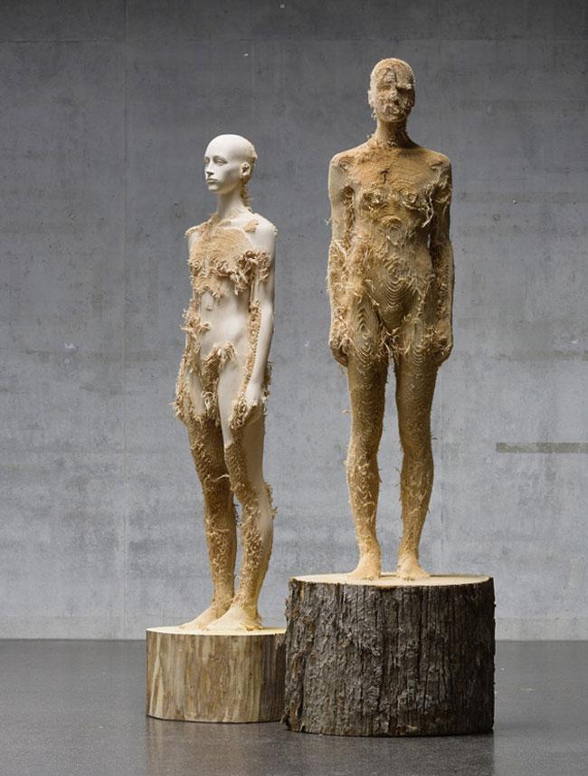 wood-figures-aron-demetz