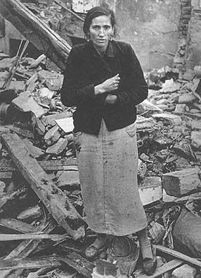 robert capa madrid despus de los bombardeos guerra civiles paolu