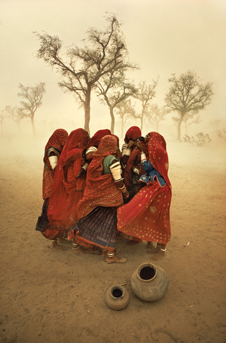 afghan girls-Steve McCurry