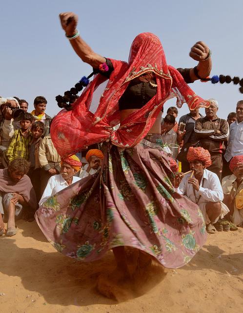 rabari fan- dance