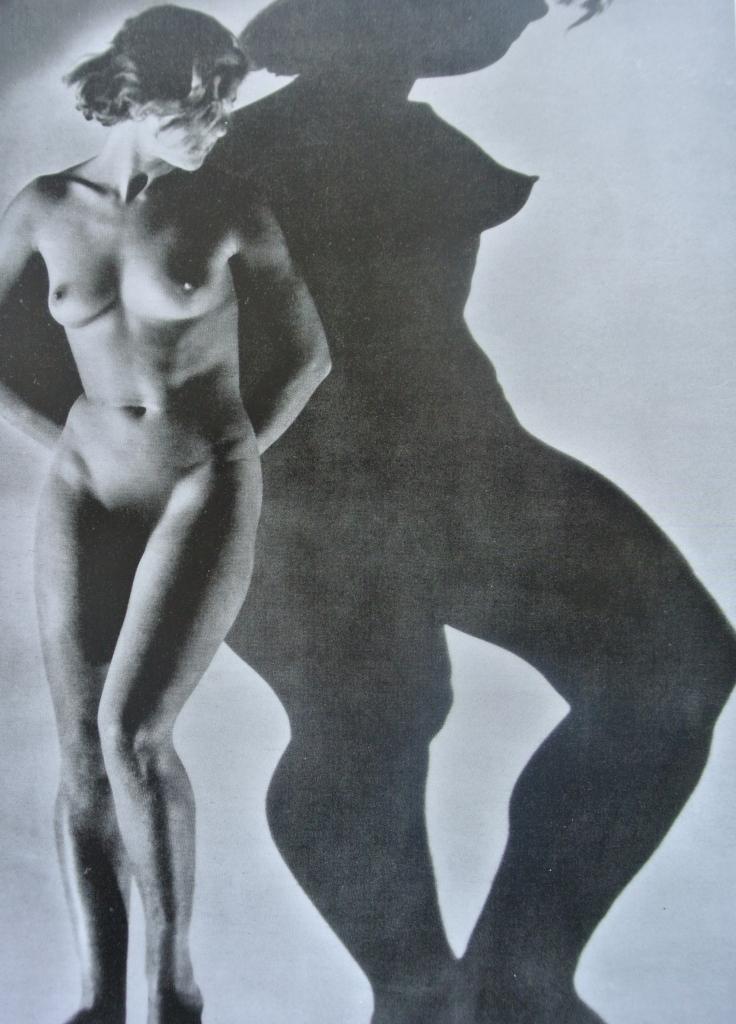 Dora Maar - Assia (nudo e ombra)  1934-1
