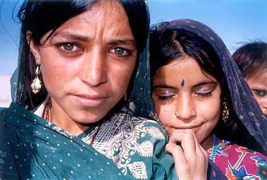 Afghan Women photo by Samira Makhmalbaf - 006
