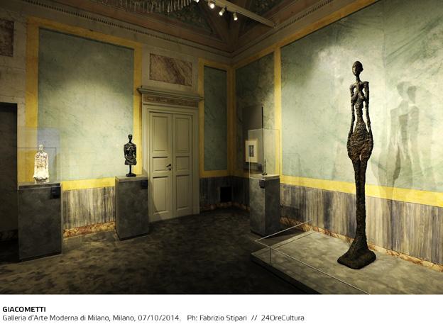 GIACOMETTI-Installation-view-on-Alberto-Giacometti-Galleria-dArte-Moderna-di-Milano-fino-al-1-Febbraio-2015-foto-F.-Stipari-7