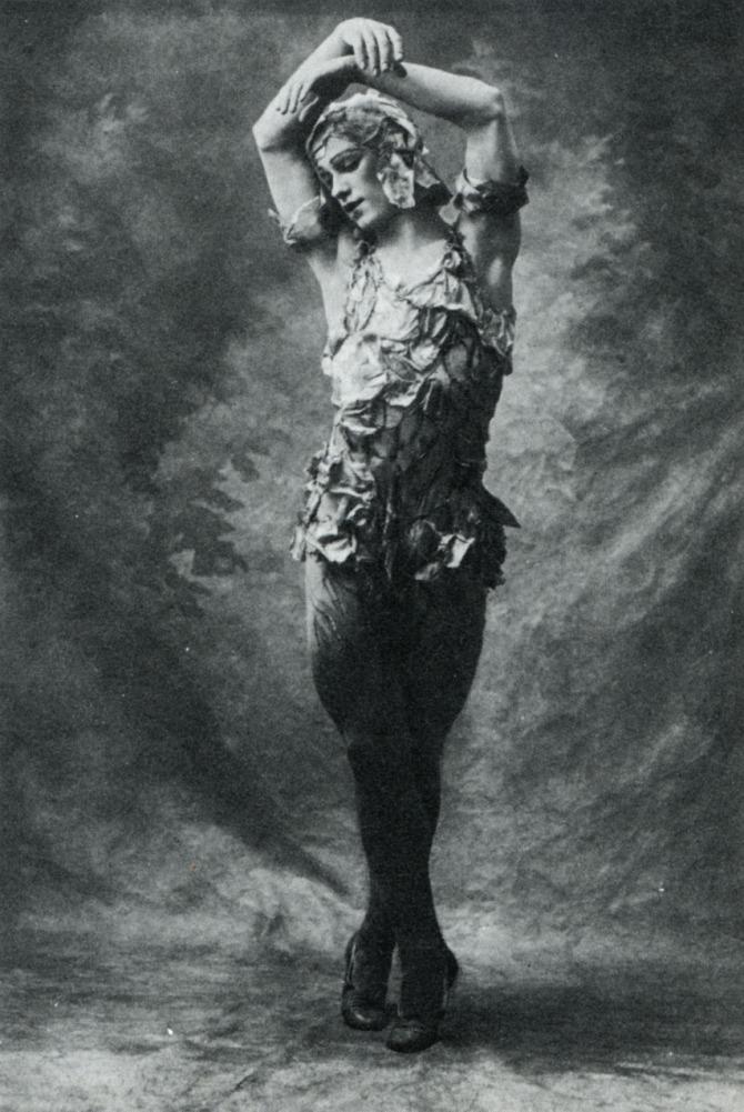 Vaslav_Nijinsky_in_Le_spectre_de_la_rose_1911_Royal_Opera_House