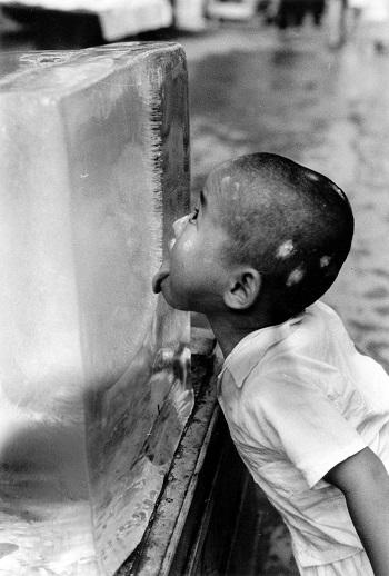 enjin Fukuoka, 1954 ©Koji Inoue
