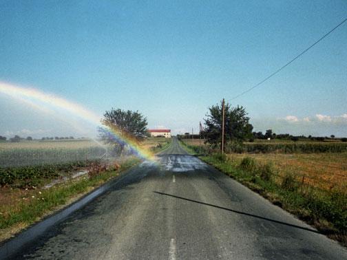 luigi ghirri- innaffiavano i campi con l'arcobaleno