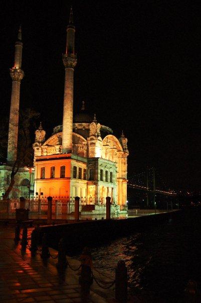 La moschea di Ortakoy
