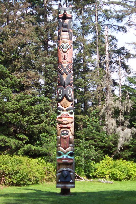 Tlingit K'alyaan Totem Pole