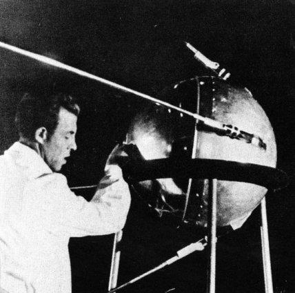 sputnik-soviet-space-race