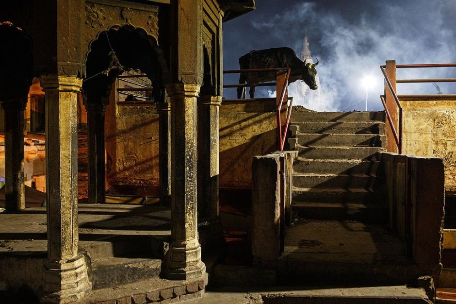 Moody night - Varanasi, India - by Maciej Dakowicz