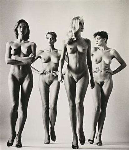 helmut-newton-sie-kommen-(naked)-paris