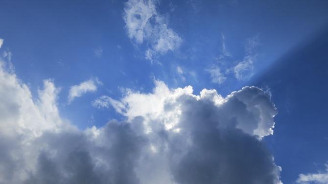1_il-viso-nel-cielo